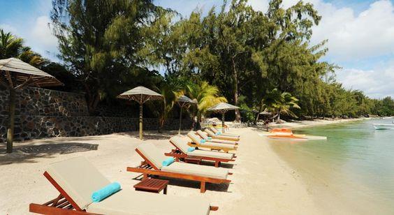 Direkt am magischen Strand von Bain Boeuf, umgeben von einem tropischen Garten mit zwei Pools, liegt dein wunderschönes Hotel. Wenn …