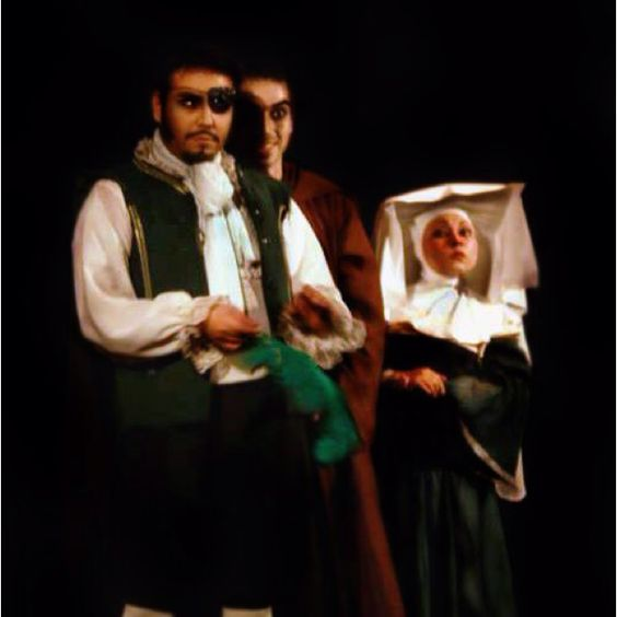 "El Caballero de la Triste Figura - Musical ""The Man of Mancha"", escena El Problema del Caballero, Teatro Camilo Henrriquez 2012."