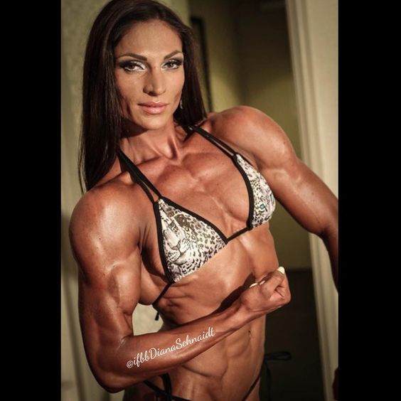 Here is a #throwback from #tampapro2015 photoshoot :) #flexing between the #prejudge and #finals   wearing my sexy #swimwear from @atlas_swimwear @atlas_swimwear @atlas_swimwear #beach #beachwear #designerwear #girlswholift #girlswhoflex #dianaschnaidt #ifbbdianaschnaidt #figure #figurepro #ifbb #npc #lovelife #lovetolift #thursday #tbt