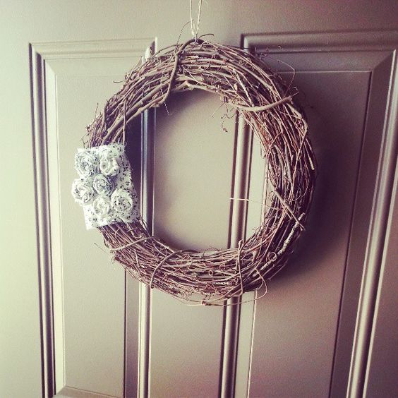Photo by kerrymalcolm just made this today #spring wreath #DIY