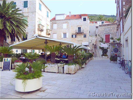 Mamma Mia 2 Filming Locations On Vis Island Dionis Pizzeria And Pansion Filming Locations Mamma Mia Island