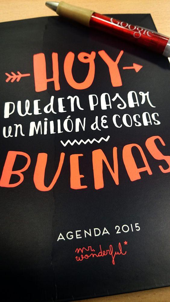 Comenzamos la mañana preparando nuestra agenda de 2015, seguro que este año pasarán un millón de cosas buenas :) ;)