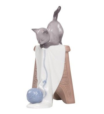 02001592 Статуэтка Играющий котенок  Цена:6293 руб.