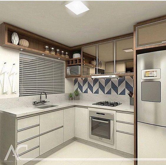 Cozinha Branca E Marrom Com Disposicao Dos Eletrodomesticos