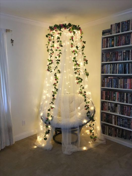 This canopy is perfect with the addition of string fairy lights bedroom ideas. #fairylights #stringlights #canopy