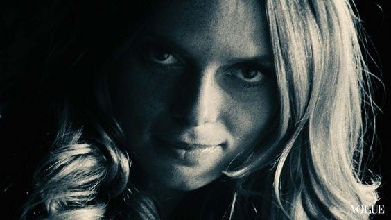 Fashion model Ingrid Schram in  Bleu de Chanel (Source : http://www.vogue.com.tw/beauty/scents_body/box-3977-30312-autorun1-runtime8.html ) #Chanel #advertising #Ulliel #Scorsese #NYC #bleu #perfume