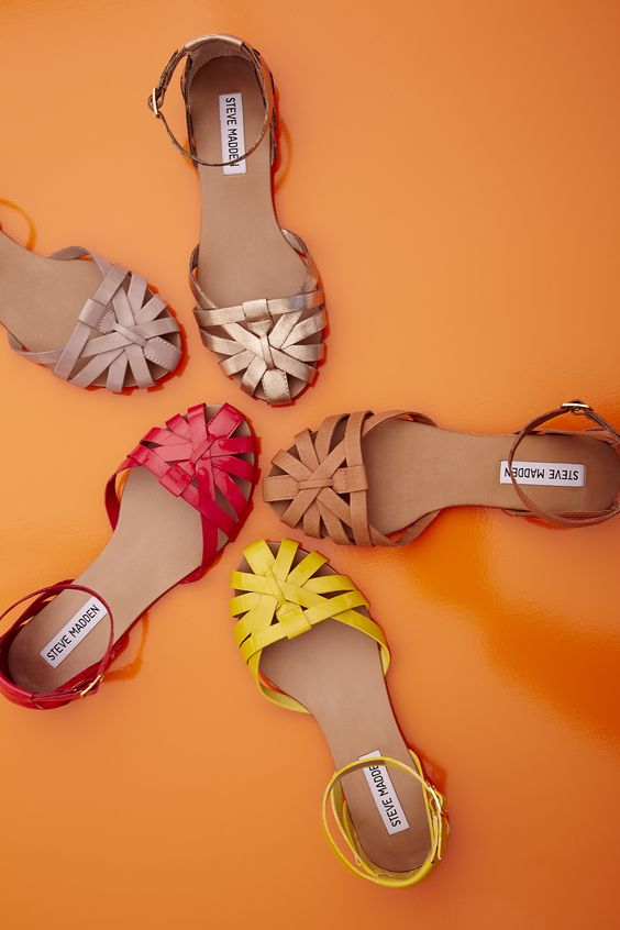 Can't. Decide. Which. Color. #DSW #shoelover #stevemadden: