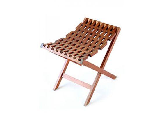 Mobiliário Contemporâneo Nacional Móvel: Banco Pensil Designer(s): Etel Carmona Características: praticidade; simplicidade e funcionalidade; linhas retas.
