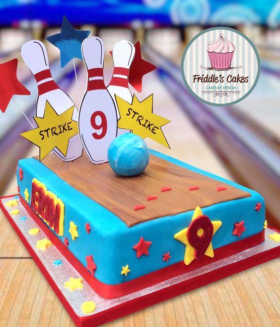 Ten pin bowling birthday cake