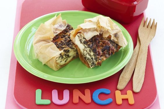 Frozen filo pastry is a great time saver and tastes delicious when baked with a spinach and creamy ricotta cheese filling.
