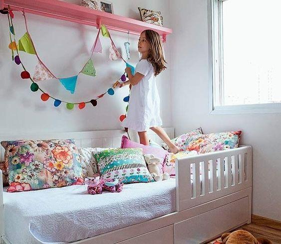 Cama infantil na decoração do quarto 13