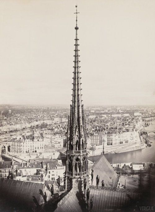 Arrow of Notre Dame de Paris , 1862