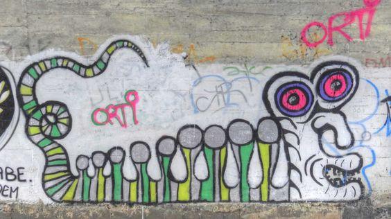 Street art Parc du Château à Morsang-sur-Orge - Animal en couleur 20150926118