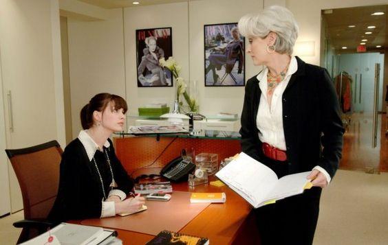 Anne Hathaway y Meryl Streep en la película el Diablo viste de Prada
