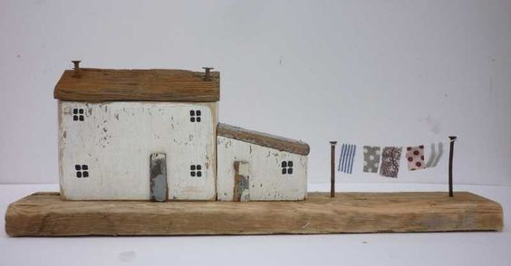 I absolutely love the evocative work of Kirsty Elson... Cottage with washing line | Kirsty Elson Designs #MadeInEngland