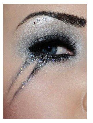 70's Rock inspired eye makeup