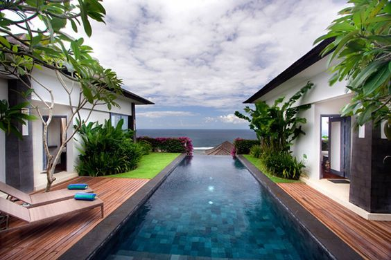 Compact pool with a view of the ocean