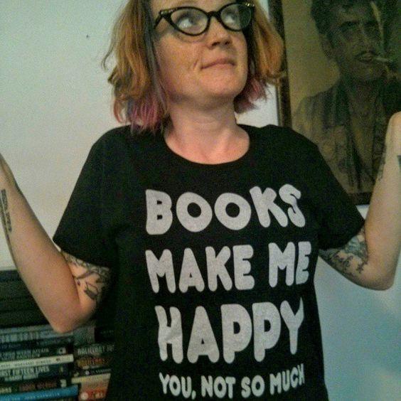 New shirt, best shirt. #books #reading