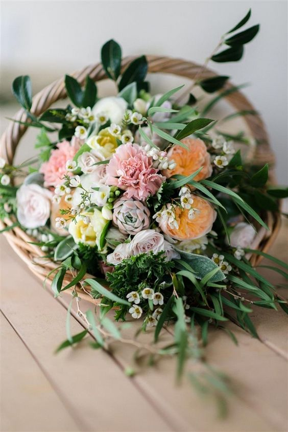 Country Garden Inspired Bridal Bouquet in a Basket | Natalie McNally Photography on @CVBrides via @aislesociety