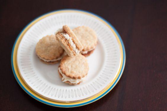 Vegan Tahini Sandwich Cookies