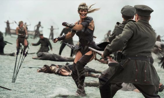 Wonder Woman's battle scenes show how to use — and not use — CGI in super-movies - Vox