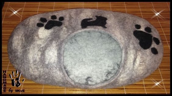 Hunde/Katzenhöhle grau mit Applikation