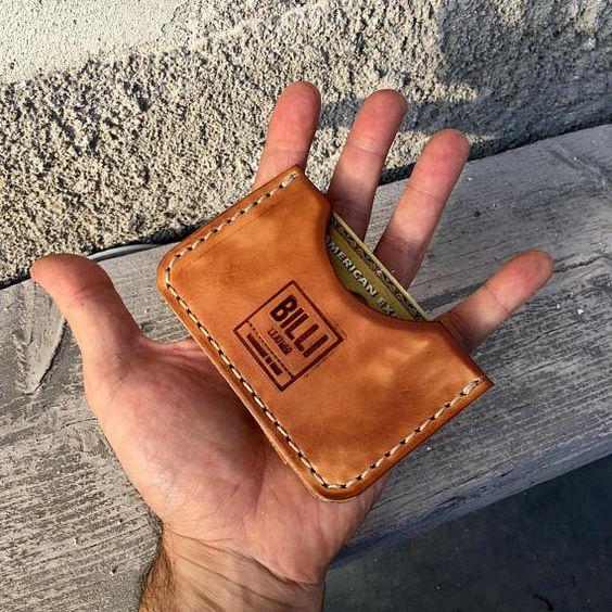 กระเป๋าสตางค์ ของขวัญวันเกิดผู้ชาย