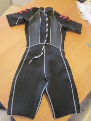 Diving suit,  View more on the LINK: http://www.zeppy.io/product/gb/2/201491009676/