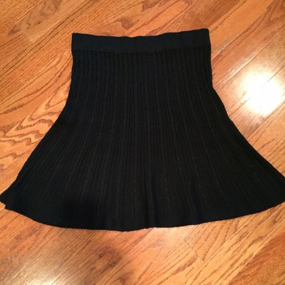 "MERONA BLACK KNIT SKATER SKIRT Sweater knit design.  Wide waist band.  Skirt measures 21"" from top of waist to bottom of skirt. Merona Skirts A-Line or Full"
