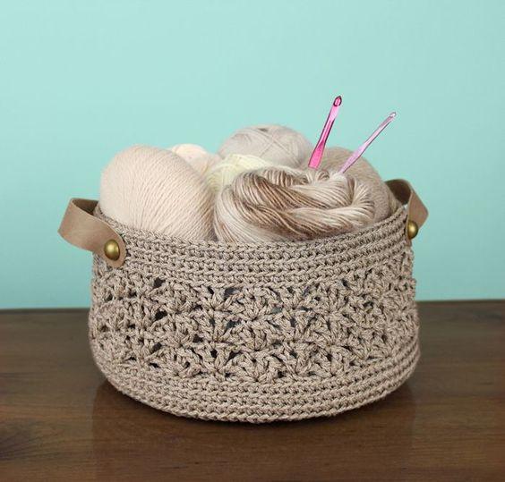 Free crochet pattern poof floor pillow pouf ottoman knitting pinterest kleinkinderen - Crochet pouf ottoman pattern free ...