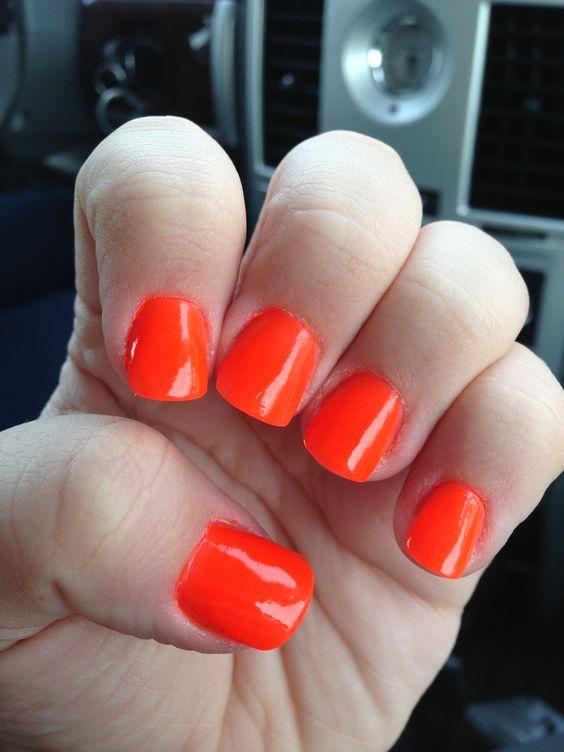 Orange nails loveeeeee them!!