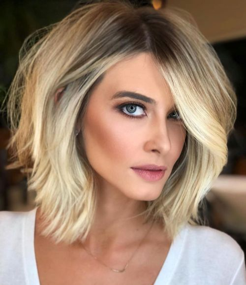 Voluminous Blonde Lob With Shadow Roots Long Bob Hairstyles Hair Styles Lob Haircut