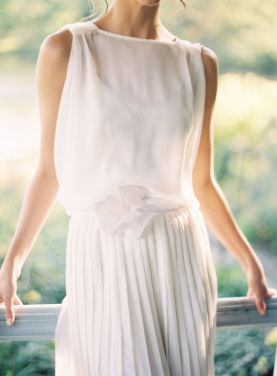 Feather, pearl and silk flower belt: Phoebe | Hushed Commotion
