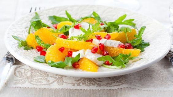 Jetez un il salade de roquette l 39 orange et au fromage for Entrees faciles froides