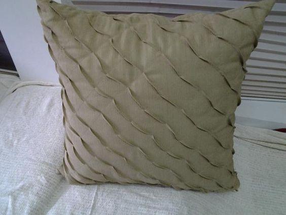 Almofada de Gorgurão 0,65X0,65cm - TOK ESPECIAL