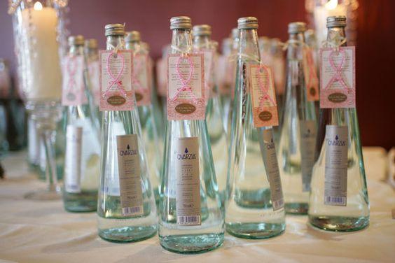 glamnuptials the favors weddingbee water bottles wedding favors 600x400