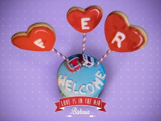 ¡Minicake travel&love relleno de M&M´s! Personalizamos tu pastel para esa persona especial. #sharethelove #loveisintheair #valentinesday