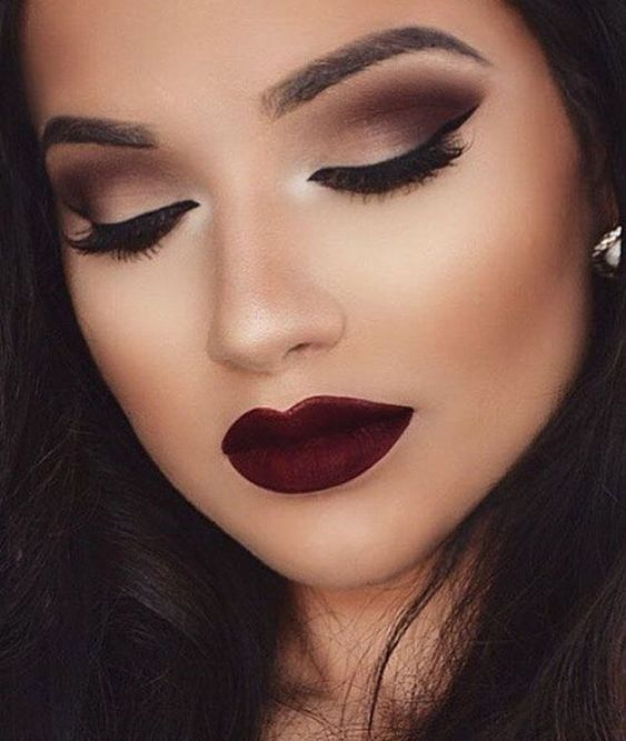 Amazing makeup smokey eye