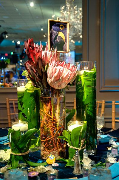 An interesting tablescape for luau.