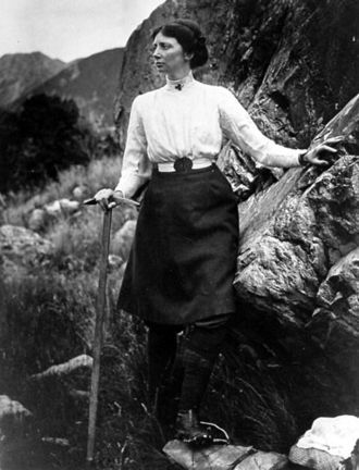 Emmeline Freda du Faur, by George Edward Mannering (1862-1947). Emmeline was the first female to climb Mount Cook. She used to set of in a skirt and then shortly after change into more suitable trousers: