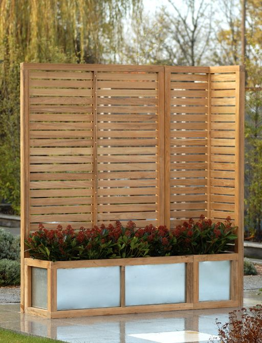 Garden privacy screen ideas courtesy of alan for Landscaping ideas for privacy screening