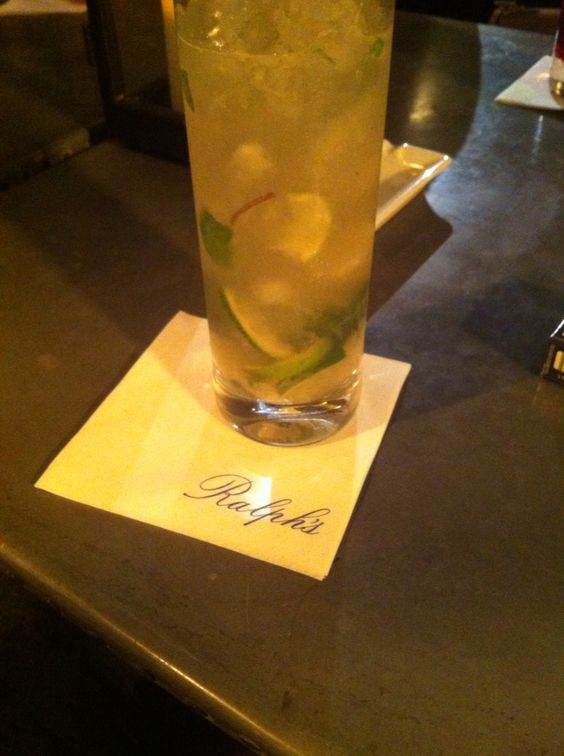Virgin mojito at Ralph's.  St germain des près  Paris