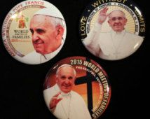 Pope Francis 2015 Philadelphia Papal Visit World Meeting of Families 3 Piece Gift Set 2.25 Pinback Buttons