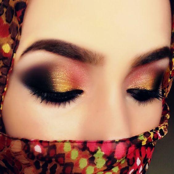 Ouro e rubis (árabe Maquiagem)