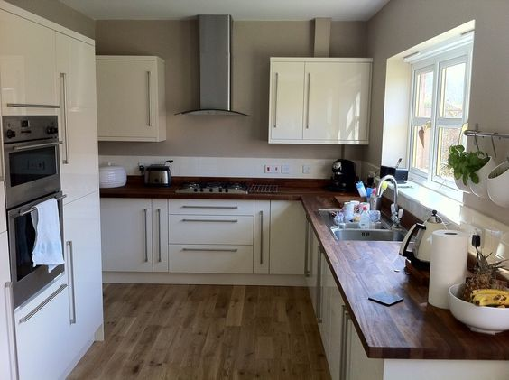 Oak Cabinets Walnut Floor Another B Q Kitchen With Walnut Worktops And Oak Solid Oak Flooring