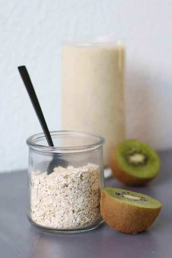 Ontbijtsmoothie met kiwi en banaan