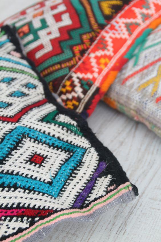 moroccan pillow. cojines marroquíes. inspiración marroquí. dar amïna shop
