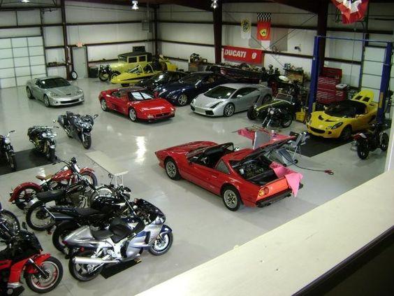 austins man cave huge car garage my dream garage. Black Bedroom Furniture Sets. Home Design Ideas