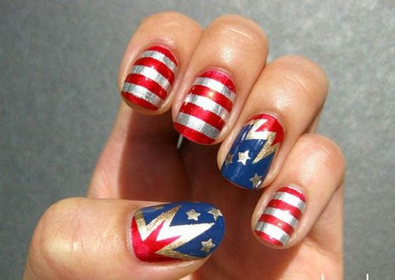 Lovely American Flag Inspired Nail Design Mirrored-American-Fl