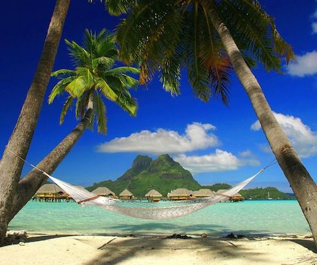 Top 10 white-sand beaches in the world http://www.aluxurytravelblog.com/2013/12/20/top-10-white-sand-beaches-in-the-world/